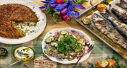10 خوراک سنتی شب سال نو را در مجله ویکی ایران جئوگرافیک ورق بزنید!